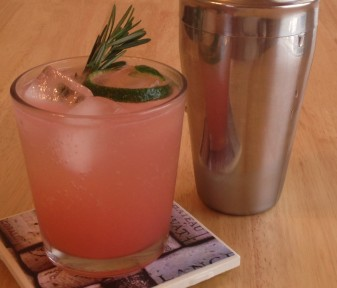 RoseBerry Gin Fizz Cocktail